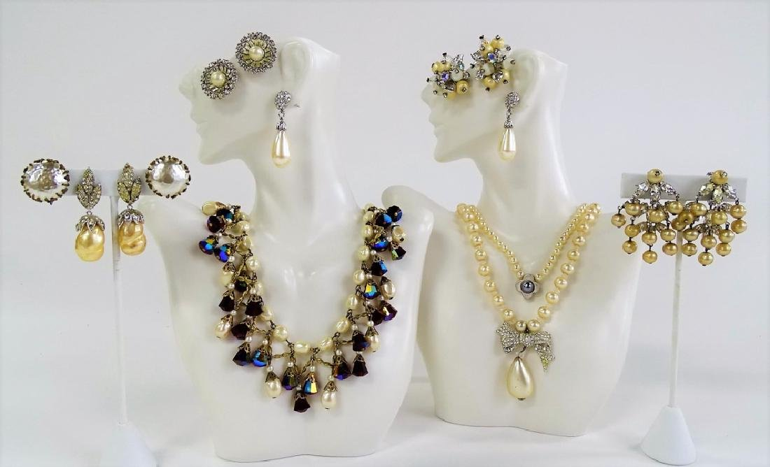 LARGE LOT OF COSTUME JEWELRY (FAUX PEARL)