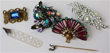 LOT OF UNIQUE COSTUME PINS/CLIPS/PENDANTS/BROOCHES
