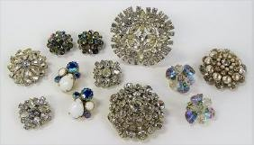 DESIRABLE LOT OF VINTAGE COSTUME JEWELRY INC WEISS