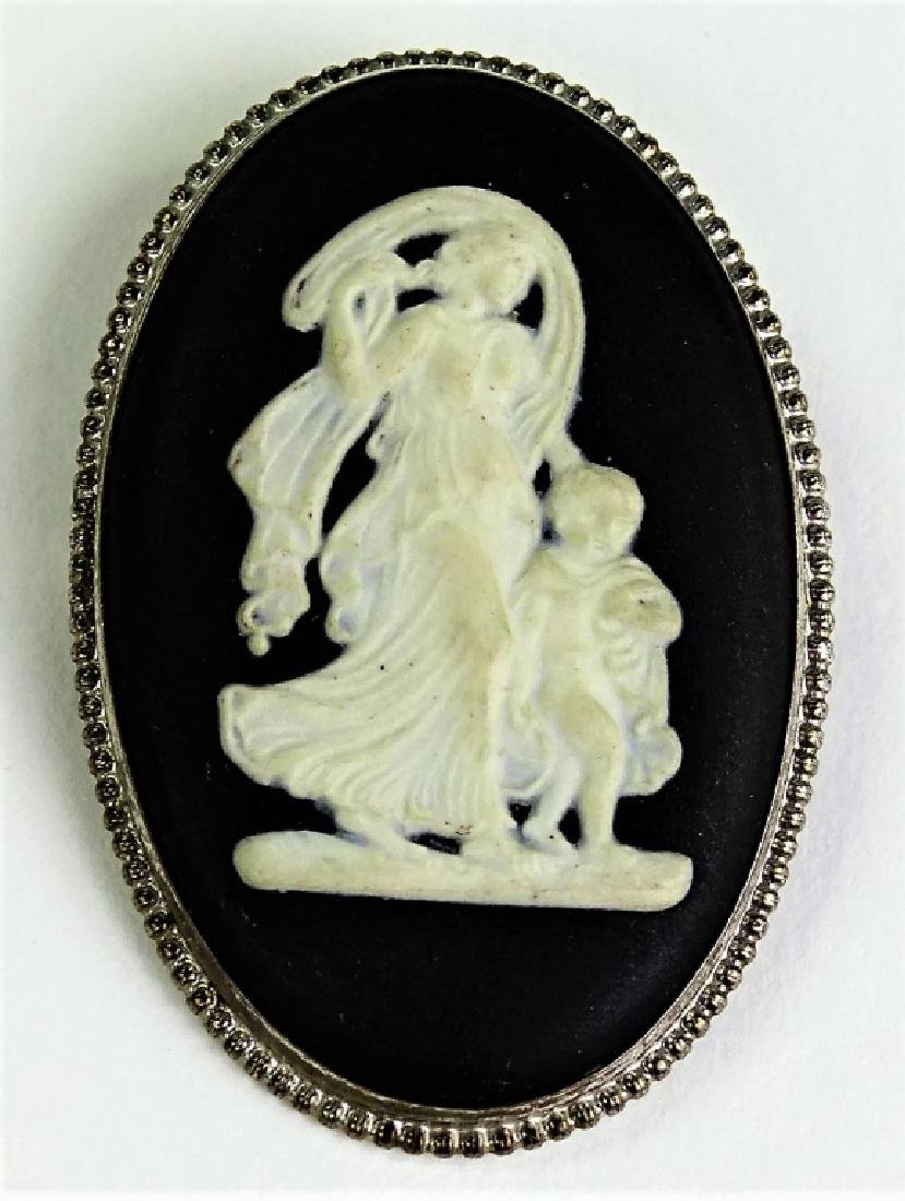 WEDGEWOOD STERLING SILVER CAMEO PIN
