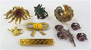 LARGE LOT OF COSTUME PINS / BROOCHES / CLIPS