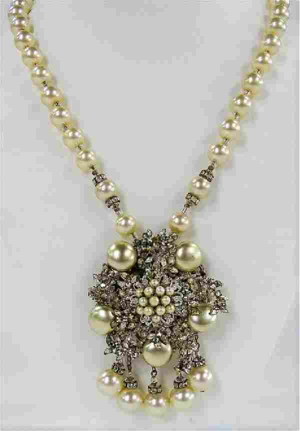 VINTAGE MIRIAM HASKELL FAUX PEARL COSTUME NECKLACE