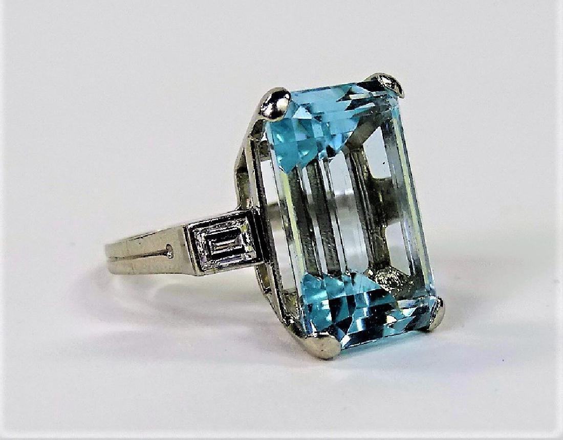 VINTAGE LADIES PLATINUM AQUAMARINE & DIAMOND RING - 2