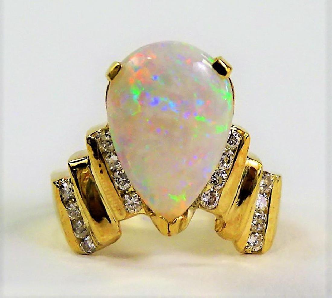 FABULOUS 14KT Y GOLD OPAL & DIAMOND RING