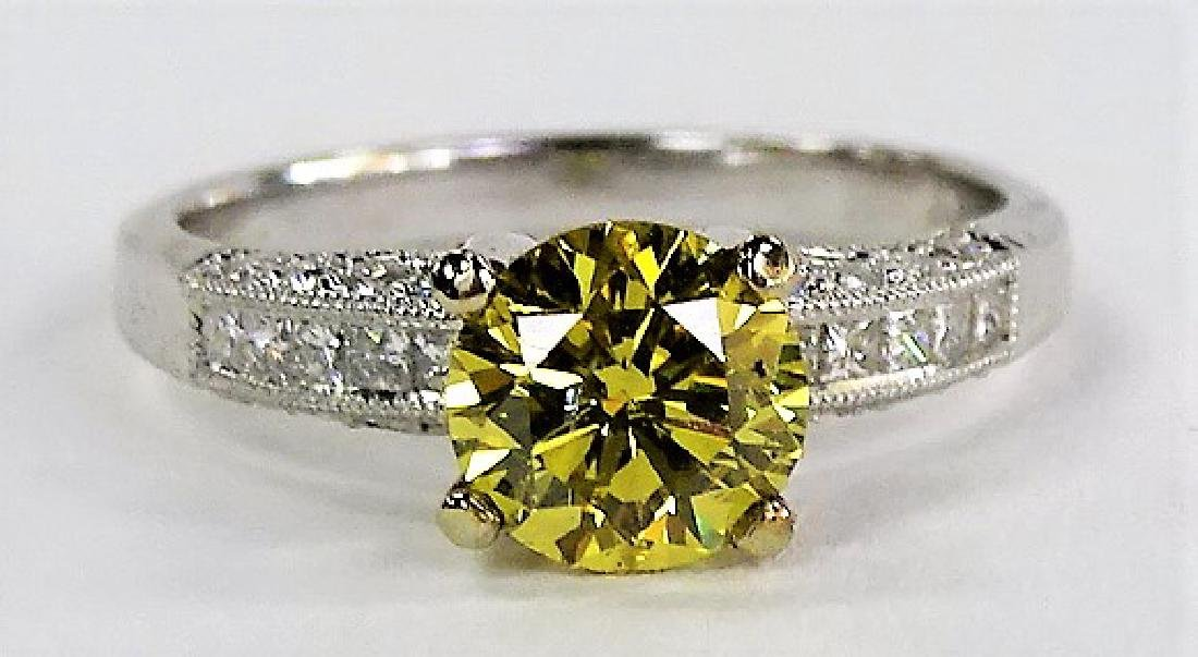 18KT W GOLD & 1 CT YELLOW DIAMOND ENGAGEMENT RING