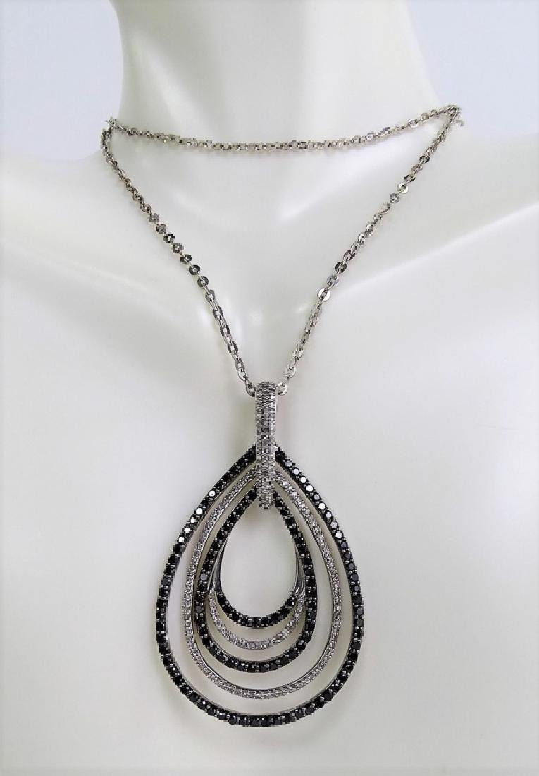 18 KT W. GOLD BLACK AND WHITE 1CT DIAMOND NECKLACE - 3