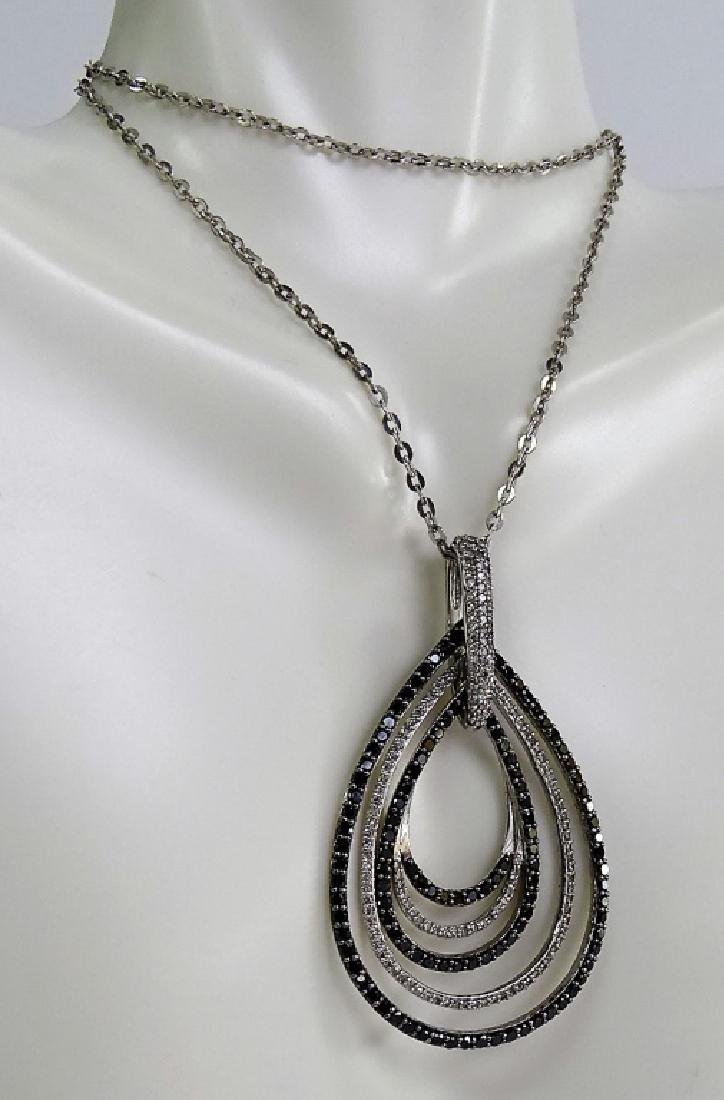 18 KT W. GOLD BLACK AND WHITE 1CT DIAMOND NECKLACE - 4