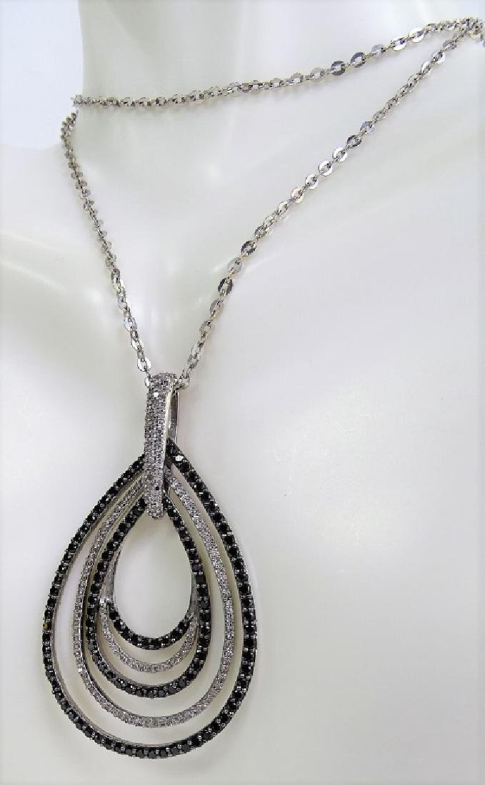 18 KT W. GOLD BLACK AND WHITE 1CT DIAMOND NECKLACE - 5