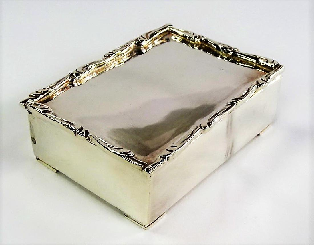 ANTIQUE FINE STERLING SILVER TRINKET BOX