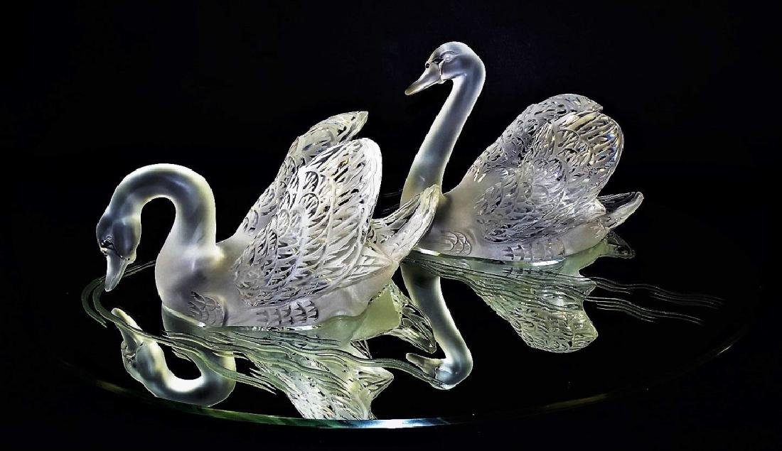 LALIQUE FRANCE CYGNES - SWANS CRYSTAL SCULPTURE