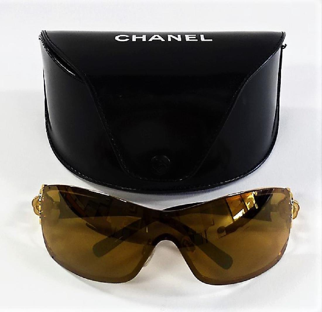 CHANEL CAMELLIA FLOWER CRYSTAL SUNGLASSES w/ CASE - 2