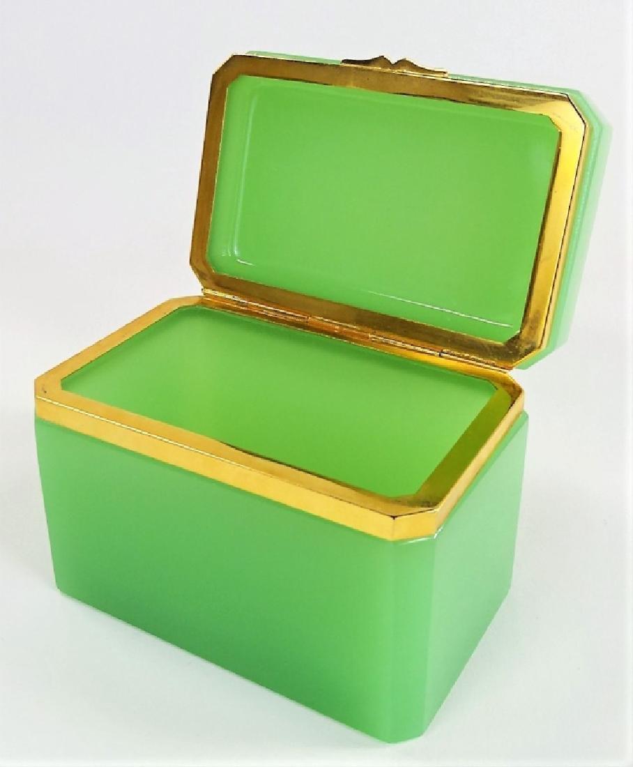 ANTIQUE FRENCH OPALINE GREEN DRESSER BOX - 5