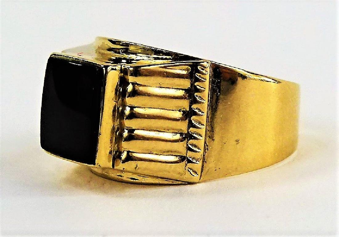 GENTS 18KT YELLOW GOLD & POLISHED ONYX RING - 3