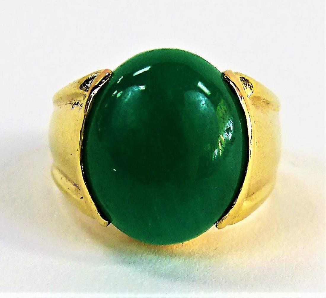 GENTS 14KT YELLOW GOLD & APPLE GREEN JADE RING