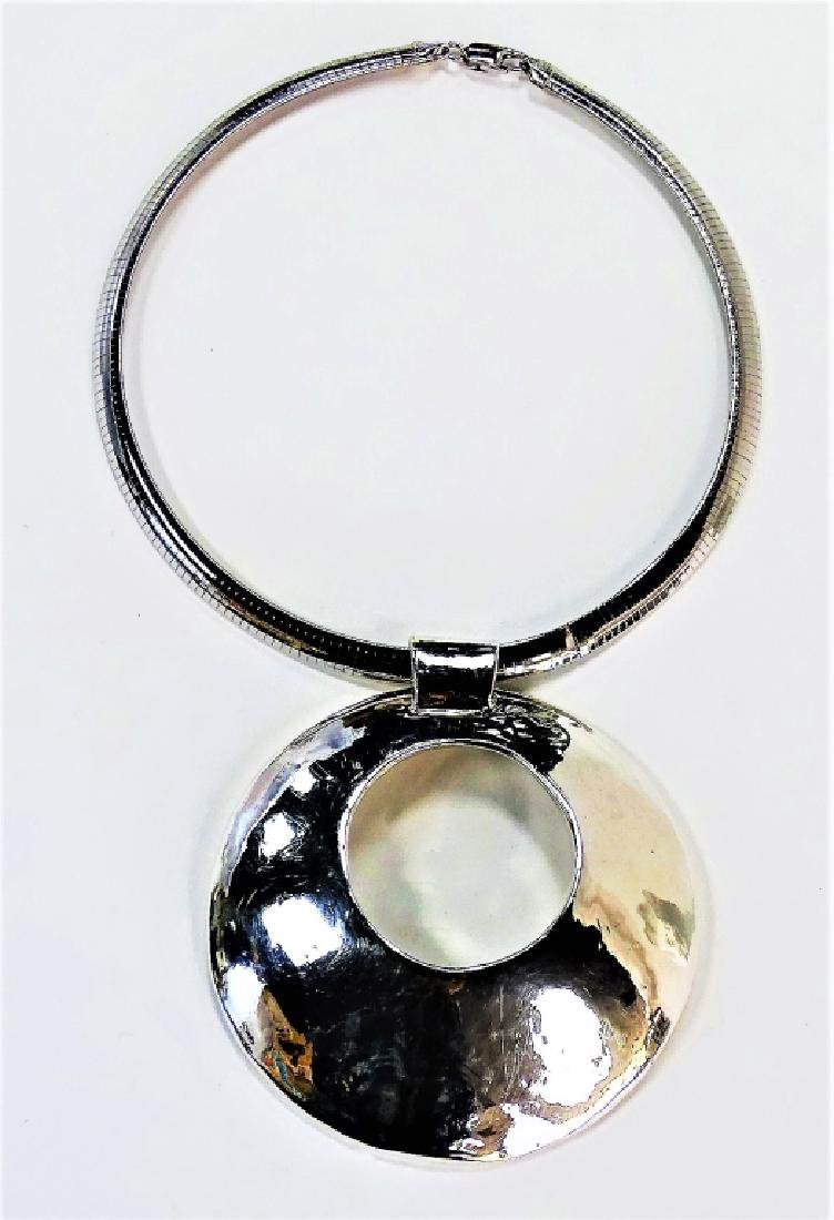 RETRO STYLE STERLING SILVER COLLAR NECKLACE