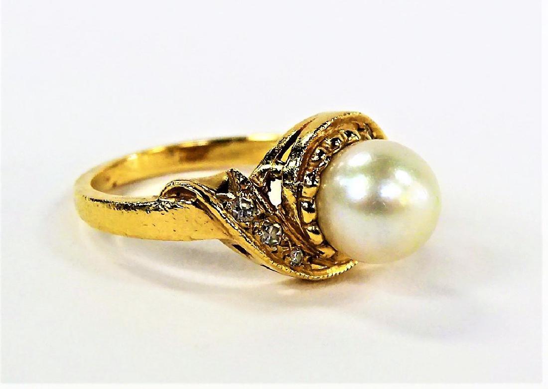 LADIES FANCY 14KT YELLOW GOLD PEARL & DIAMOND RING - 2