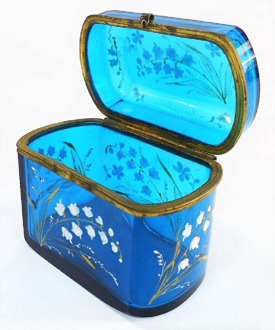 MARY GREGORY STYLE ENAMELED GLASS DRESSER BOX - 4