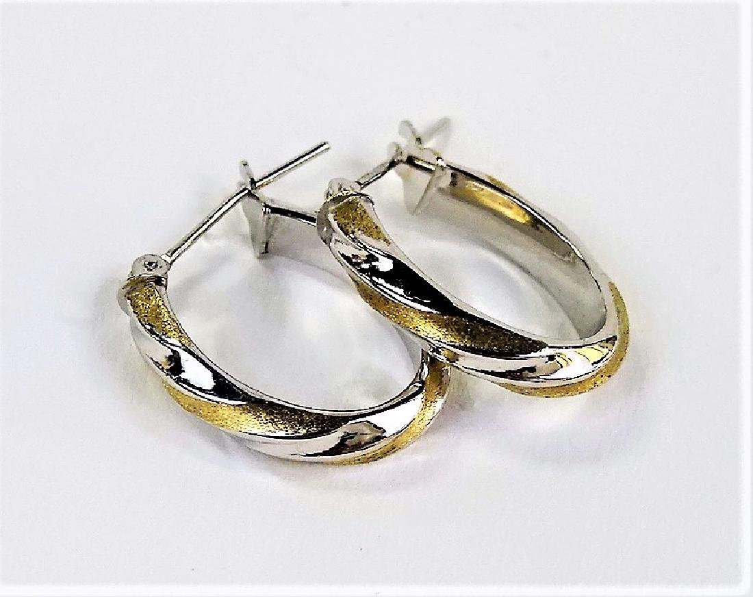 PR LADIES 14KT WHITE GOLD HOOP EARRINGS