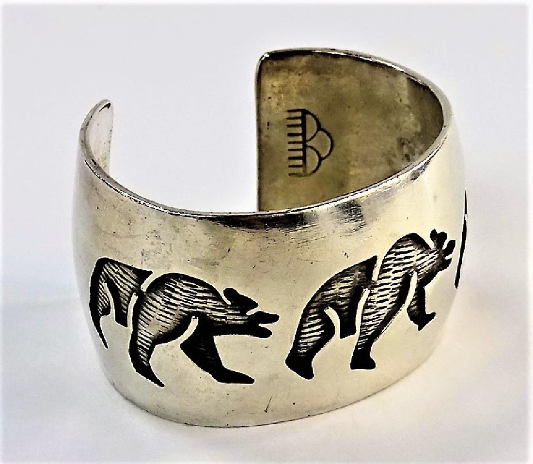 VINTAGE HOPI STERLING SILVER BANGLE BRACELET