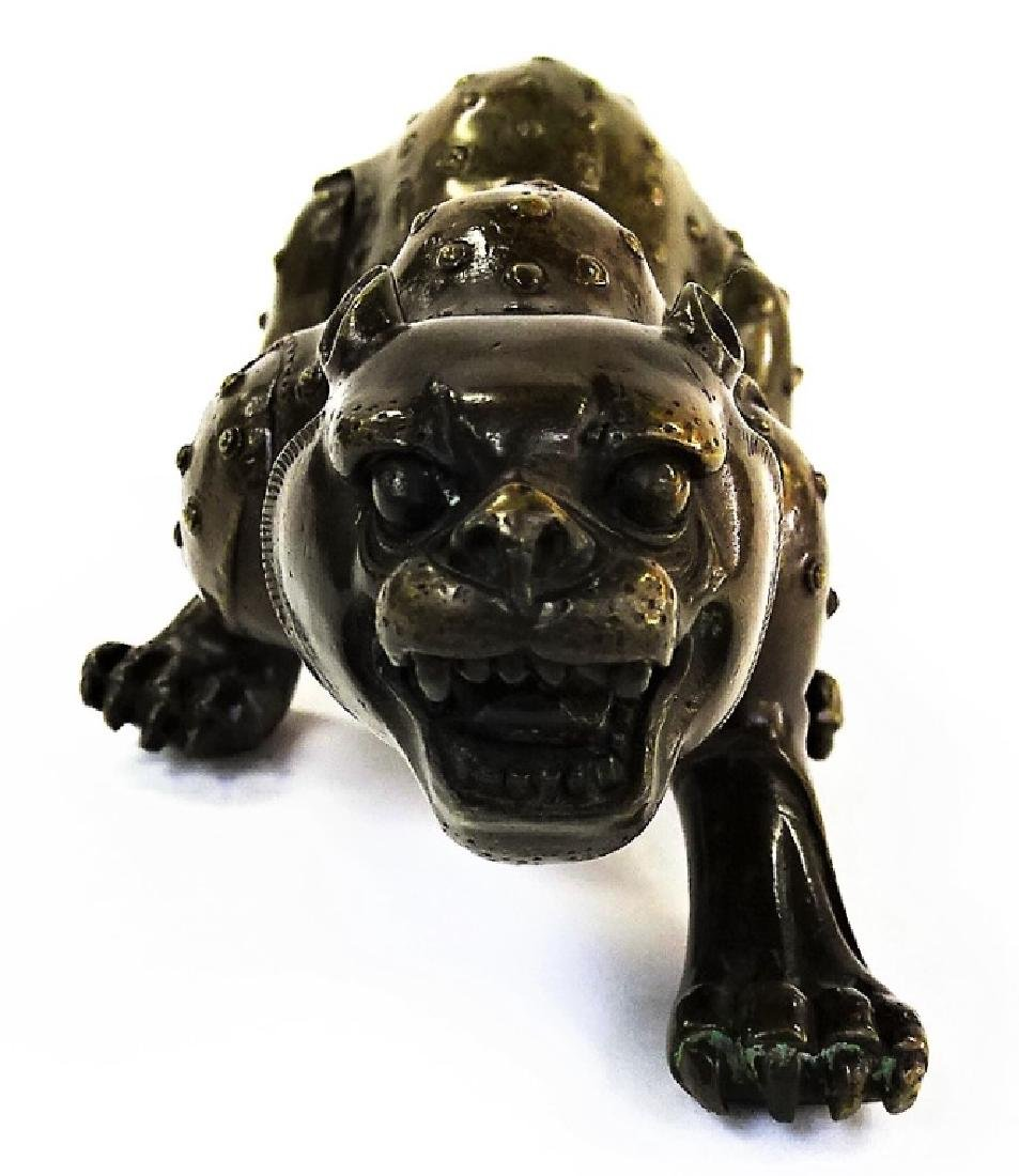 CHINESE HEAVY BRONZE SPOTTED LEOPARD FIGURINE - 3