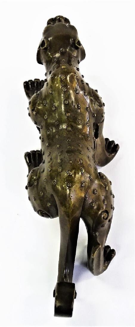 CHINESE HEAVY BRONZE SPOTTED LEOPARD FIGURINE - 4