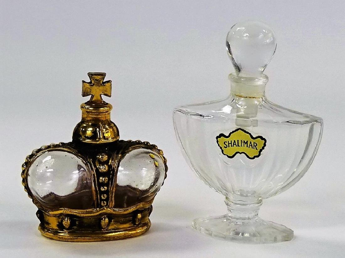 LOT OF 2 VINTAGE GLASS PERFUME BOTTLES