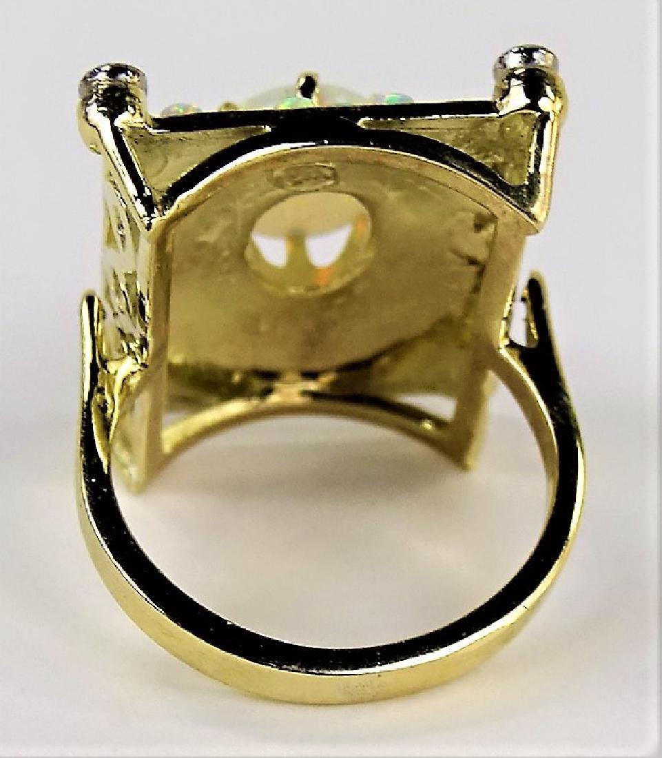 ESTATE 14KT YELLOW GOLD OPAL & DIAMOND LADIES RING - 5