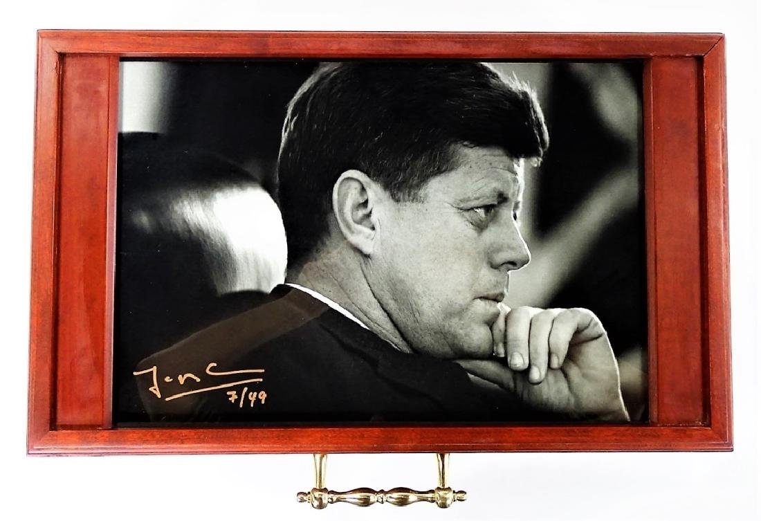 HAND CRAFTED PRESIDENTIAL HUMIDOR W/ PHOTOGRAPH