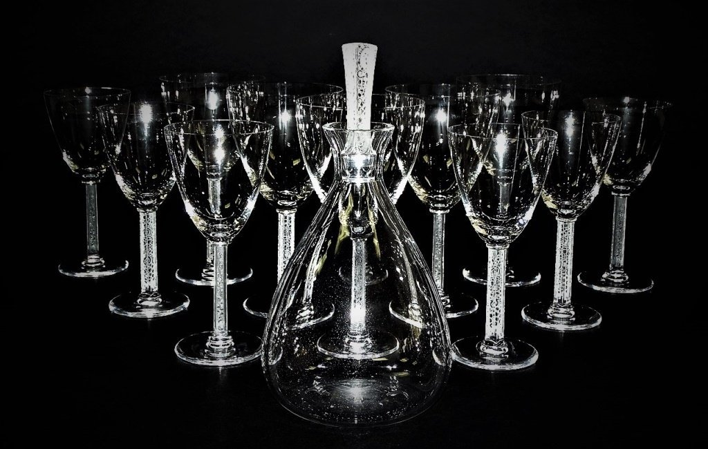 LALIQUE PHALSBOURG CRYSTAL DECANTER & 12 GLASSES