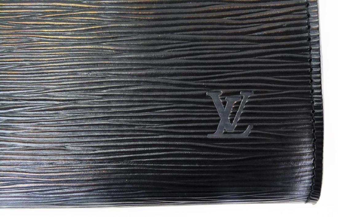 LOUIS VUITTON BLACK EPI LEATHER CLUTCH HANDBAG - 3