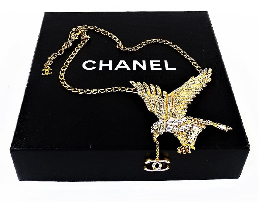 CHANEL GOLDTONE COSTUME JEWERLY NECKLACE