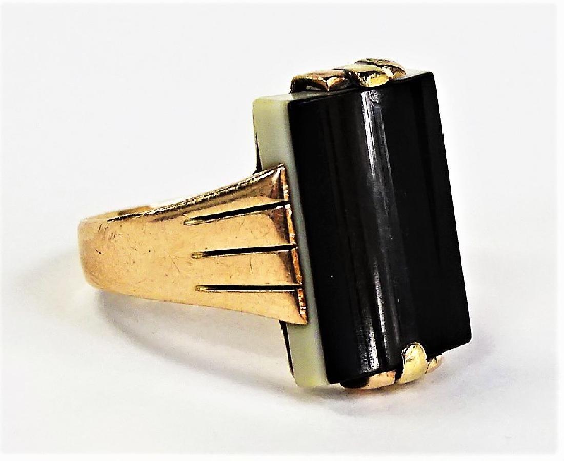 MENS RETRO 14KT YELLOW GOLD ONYX RING - 2