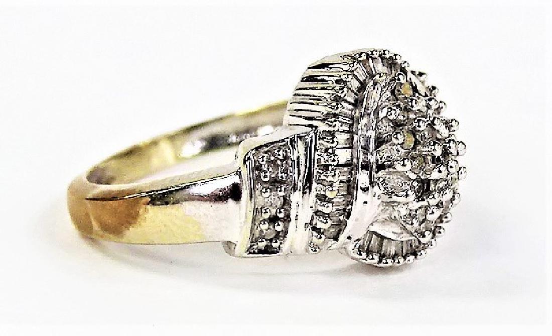LADIES 14KT WHITE GOLD DIAMOND CLUSTER RING - 2