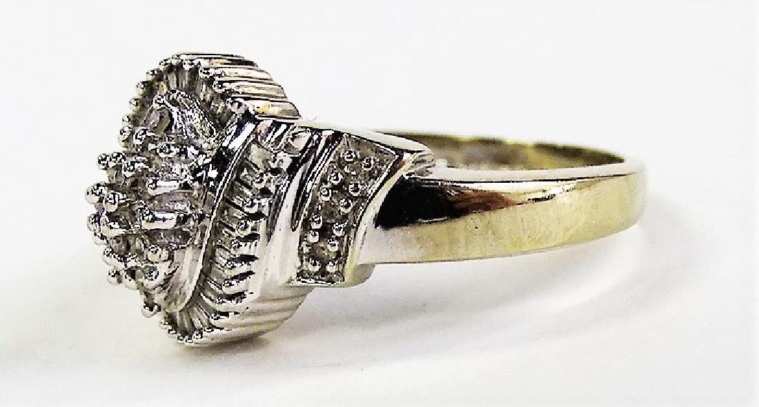 LADIES 14KT WHITE GOLD DIAMOND CLUSTER RING - 3