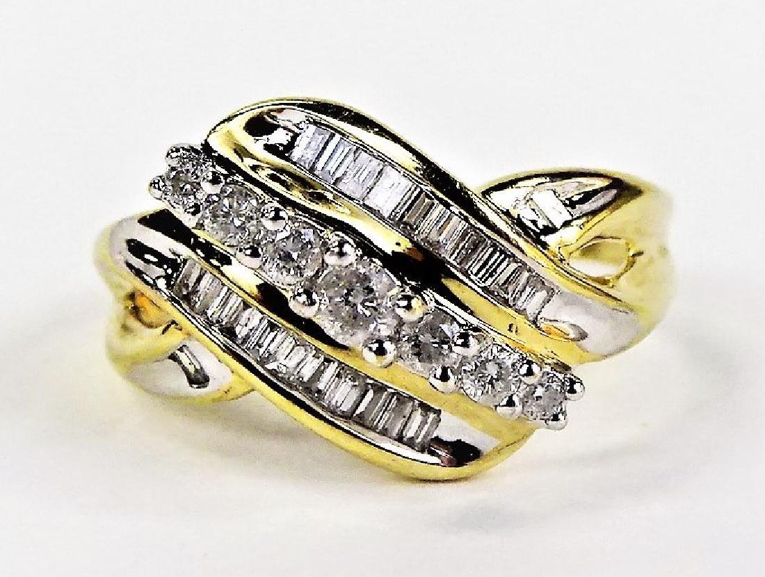 LADIES EXTRAVAGANT 10KT YG DIAMOND RING