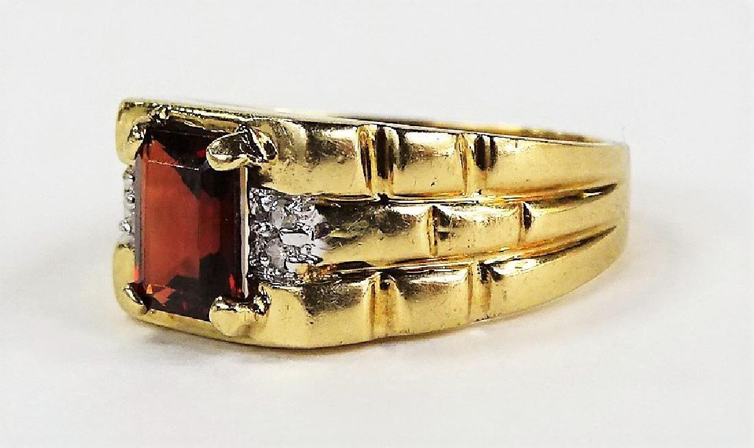 GENTS 14KT YELLOW GOLD GARNET & DIAMOND RING - 3