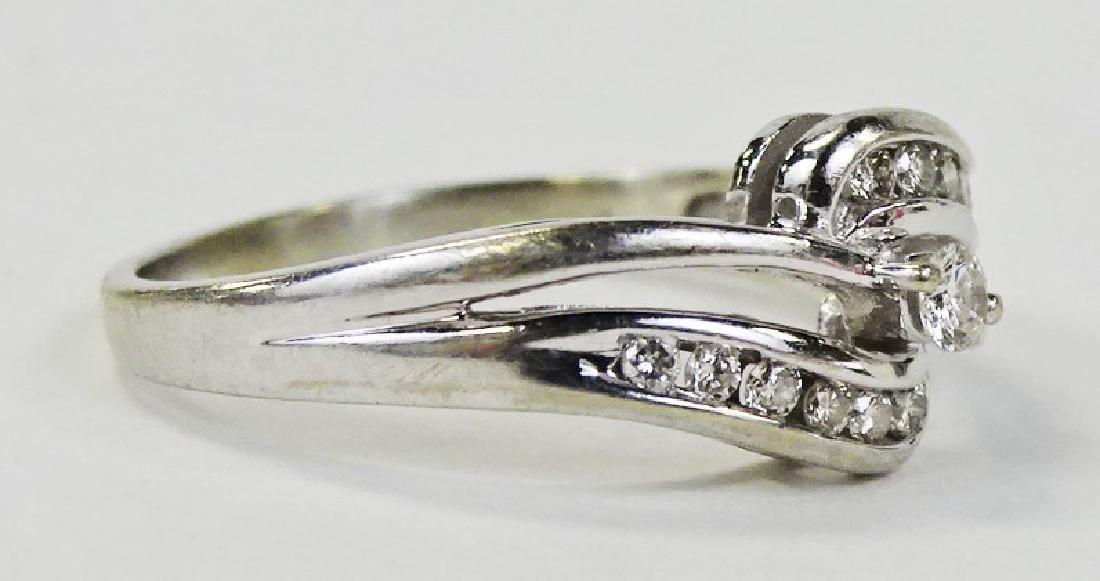LADIES ELEGANT 14KT WHITE GOLD DIAMOND RING - 3