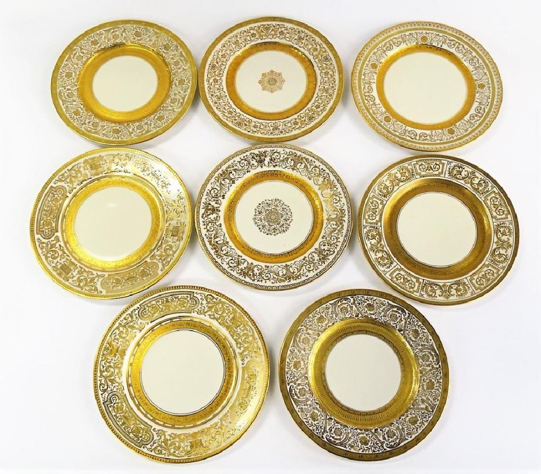 8 VINTAGE CZECHOSLOVAKIAN CHINA DINNER PLATES - 2