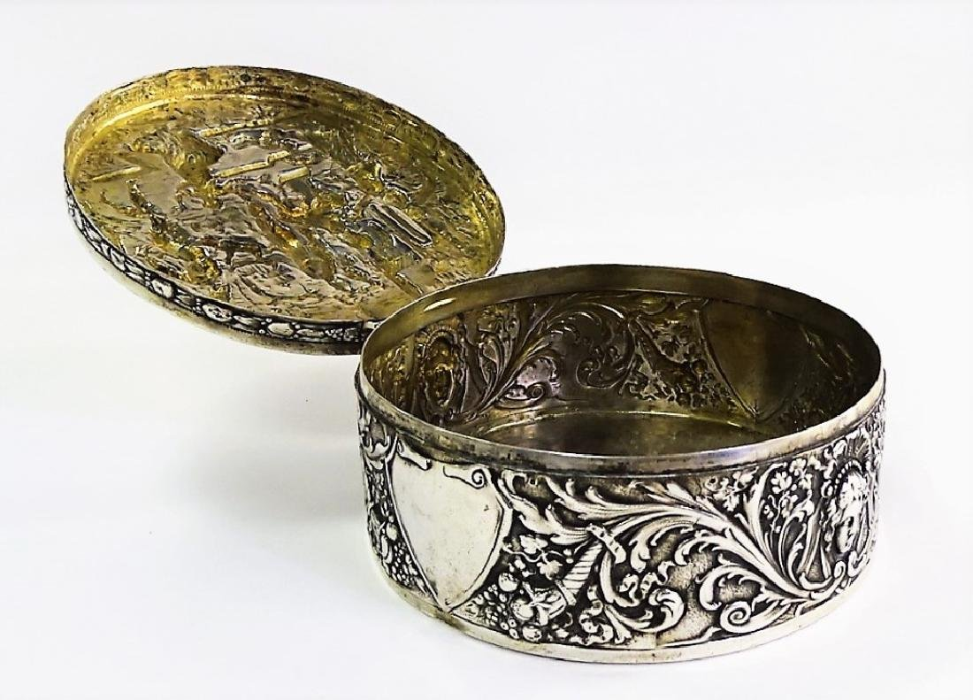 ANTIQUE GERMAN ROUND 800 SILVER COVERED BOX - 3