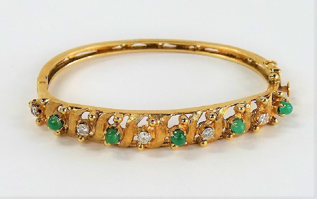 14KT YELLOW GOLD JADE & DIAMOND LADIES BANGLE