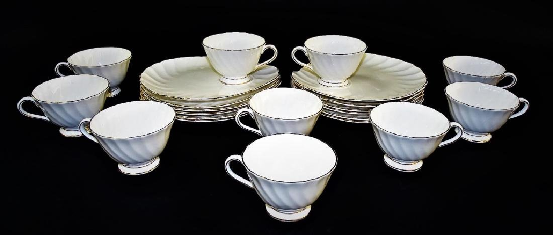 22PC ROYAL TUSCAN ENGLISH PORCELAIN CAKE SET