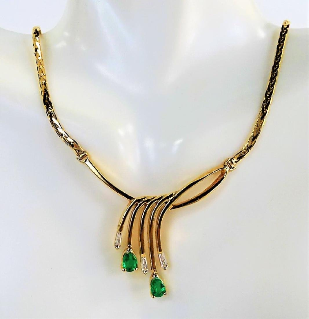LADIES ELEGANT 14KT YG EMERALD & DIAMOND NECKLACE