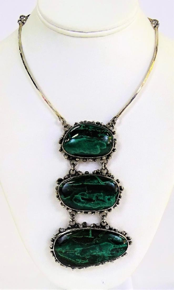 LOVELY STERLING SILVER & MALACHITE LADIES NECKLACE