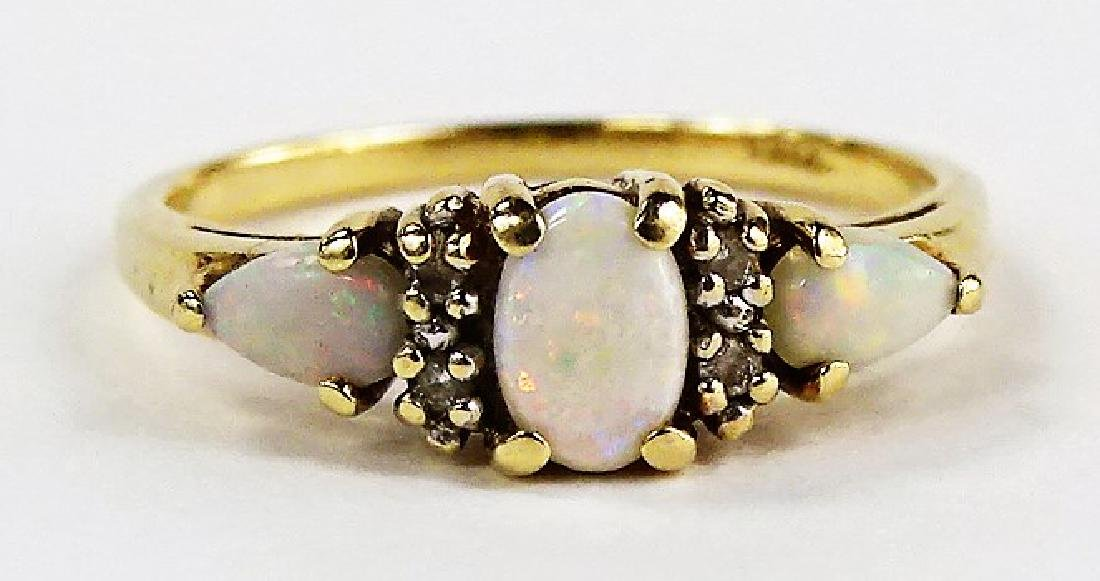 LADIES ELEGANT 14KT YG OPAL & DIAMOND RING