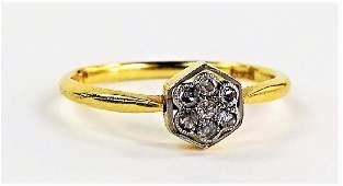 LADIES 18KT YELLOW GOLD DIAMOND CLUSTER RING