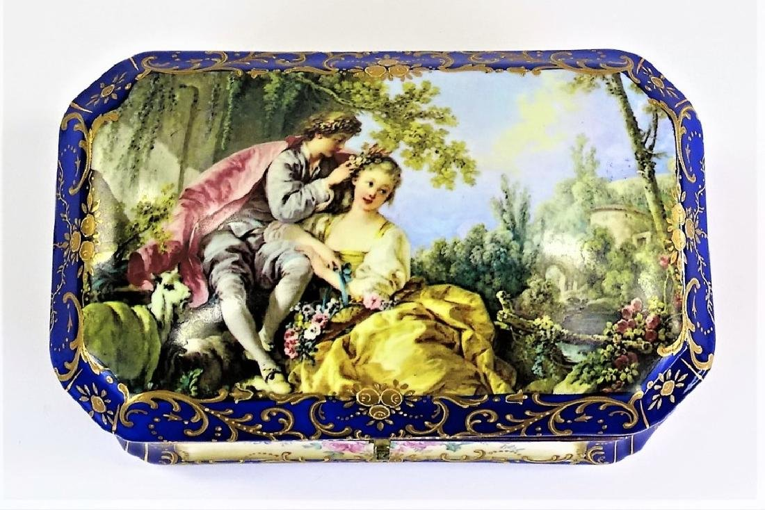 LARGE SEVRES STYLE COBALT GOLD TRIM PORCELAIN BOX