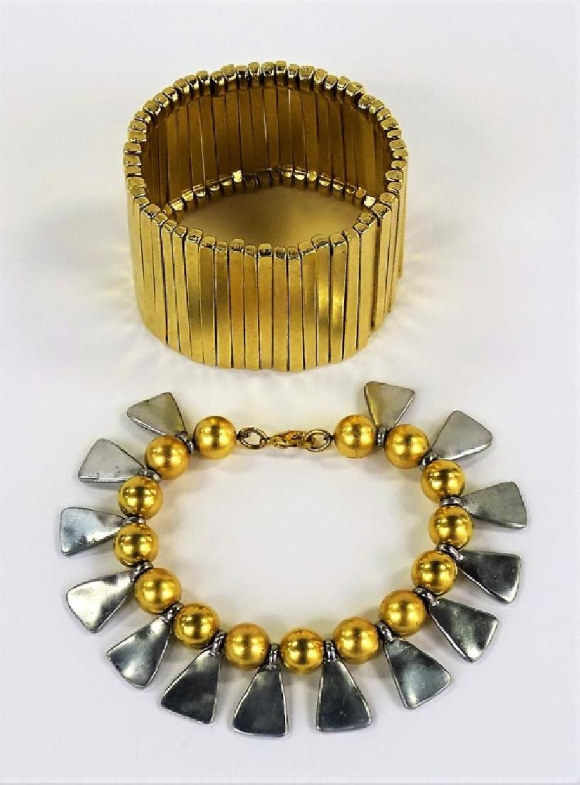 2 VTG TWO TONE METAL COSTUME JEWELRY BRACELETS