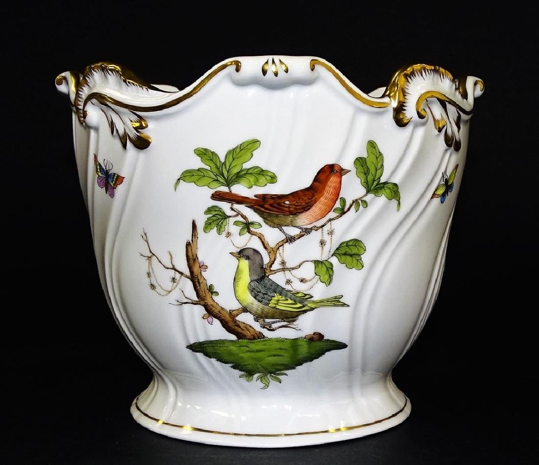 HEREND HAND PAINTED PORCELAIN CACHE POT