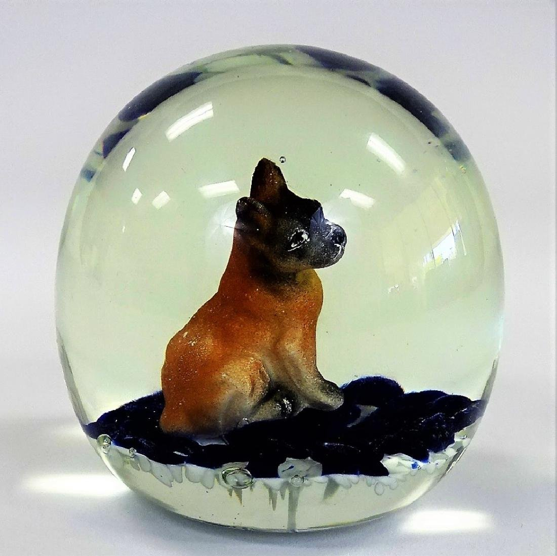 VINTAGE ST CLAIR PAPERWEIGHT WITH SITTING DOG - 2