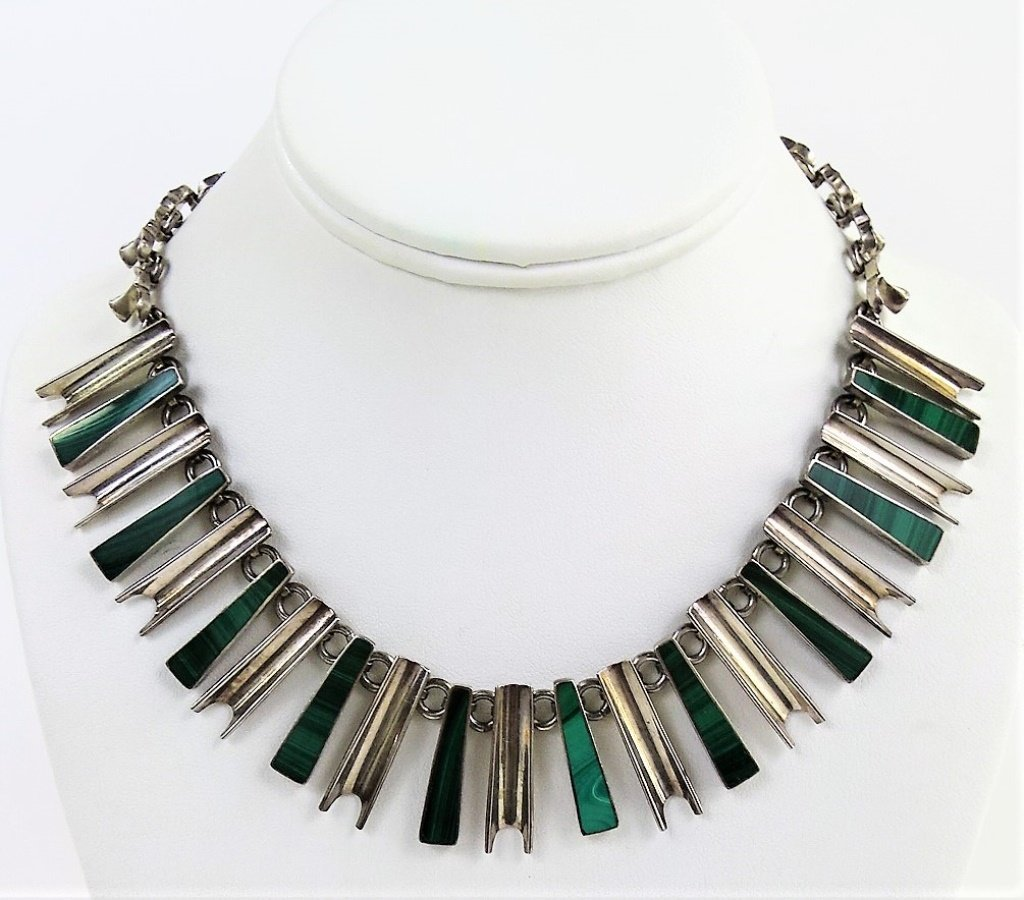 VINTAGE MEXICAN STERLING SILVER MALACHITE NECKLACE